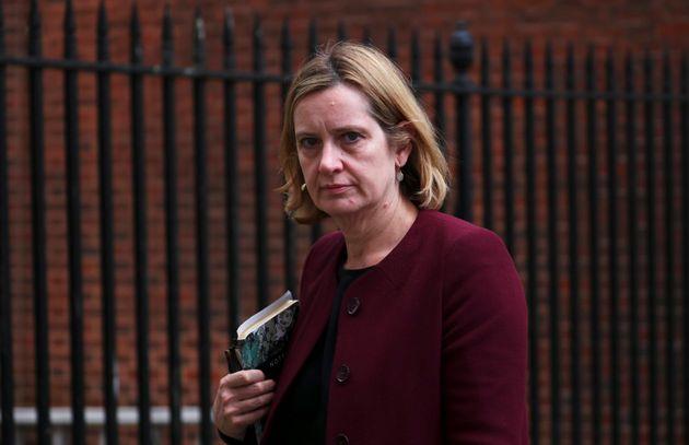 Βρετανία: Παραίτηση της υπουργού Εσωτερικών Άμπερ Ραντ λόγω