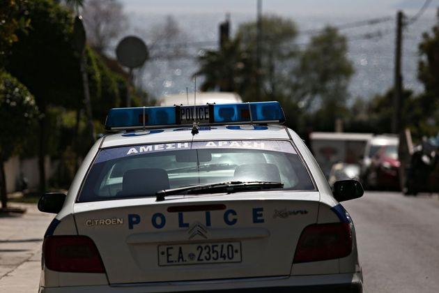 Μεθυσμένος Αφγανός έσπασε περιπολικό στο Α.Τ. Αγίου