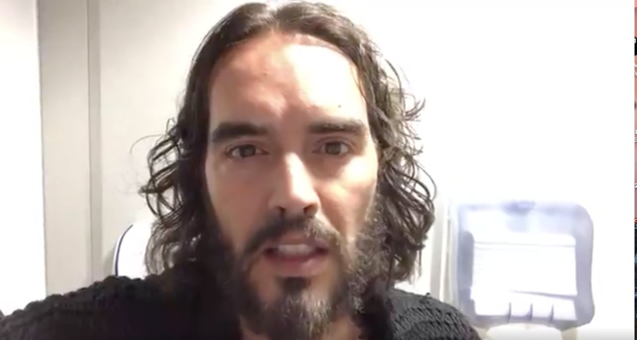 Russell Brand Cancels Tour After His Mum Suffers 'Life-Threatening Injuries' In Car