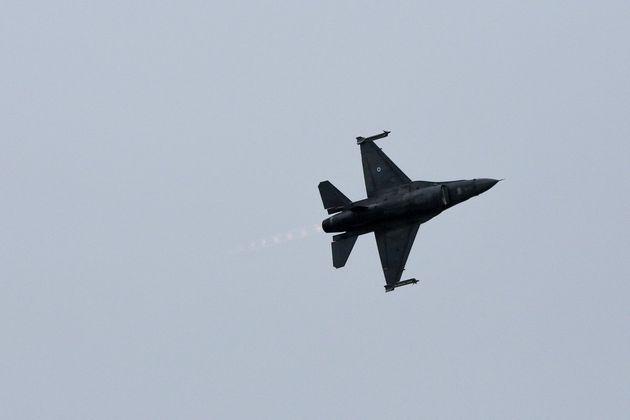 Σε εμπλοκές εξελίχθηκαν δύο αναχαιτίσεις τουρκικών αεροσκαφών από ελληνικά