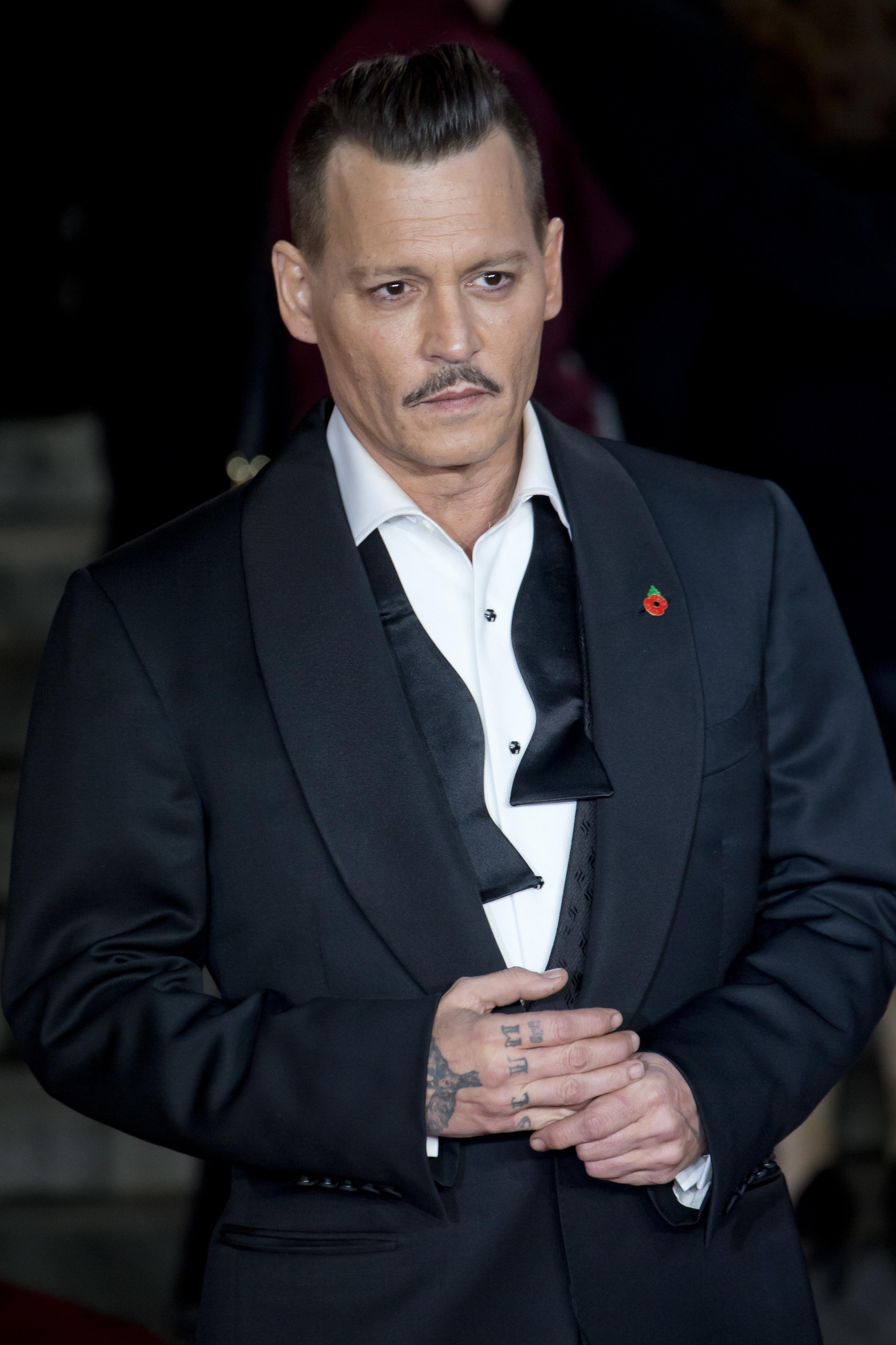 Johnny no good: Καταγγελίες για χρωστούμενα και για «χαοτική» συμπεριφορά από τους πρώην σωματοφύλακές