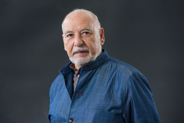 L'écrivain marocain Tahar Ben Jelloun salue