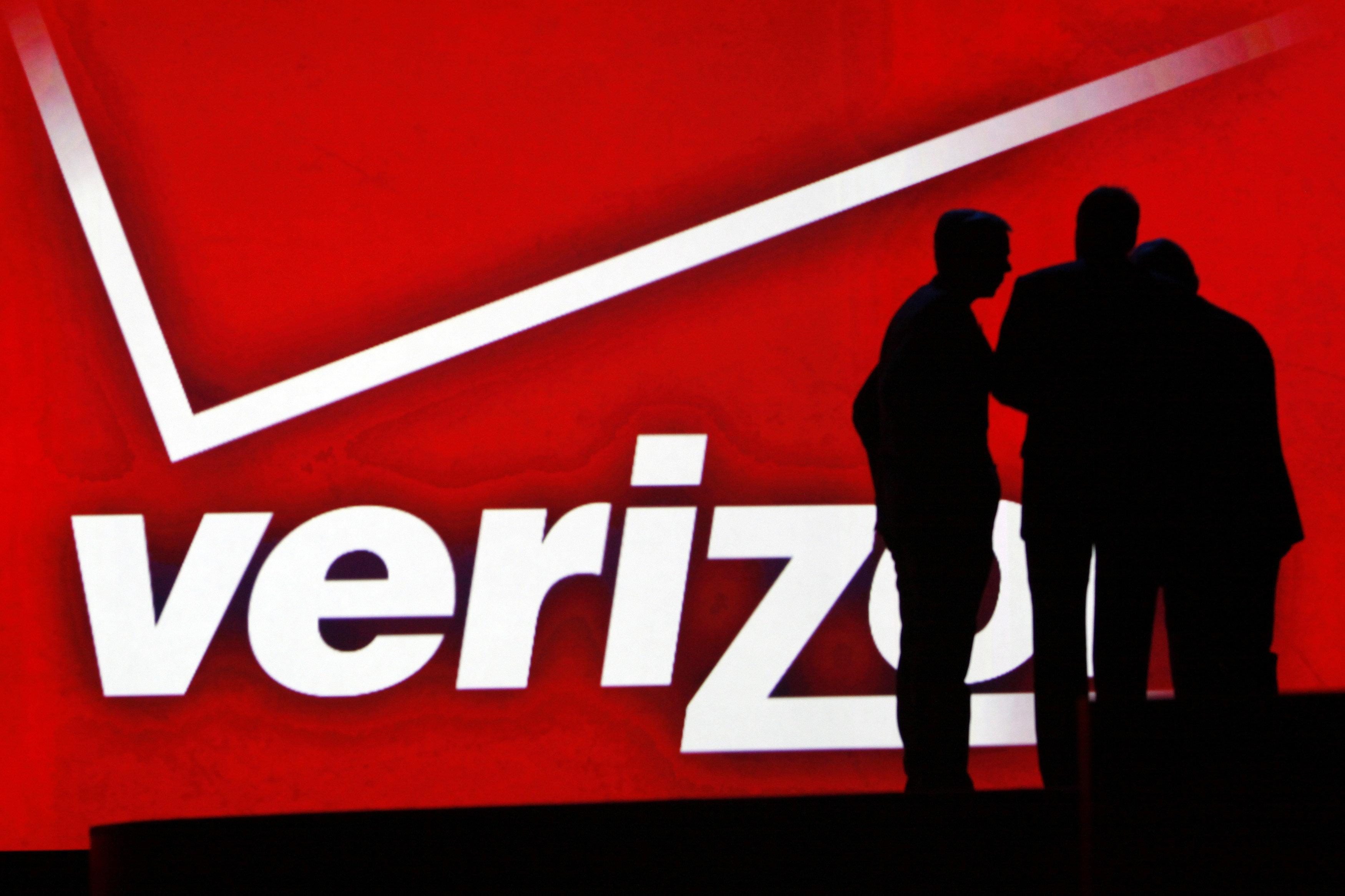 Women Describe Rampant Groping, Sexual Harassment At Verizon Contracted  Warehouse | HuffPost