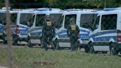 Flüchtlinge: Polizei stürmt Asylbewerberheim in
