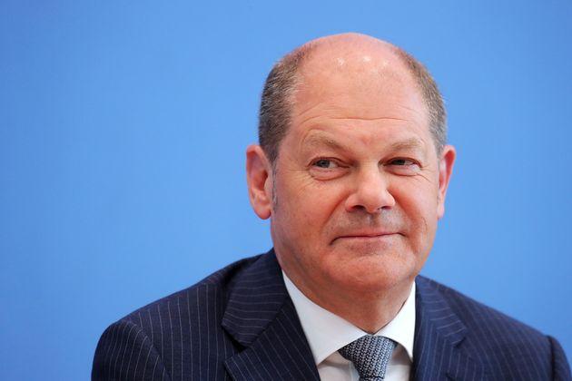 Ο Σολτς ακολουθεί τα βήματα αυστηρής δημοσιονομικής πολιτικής του