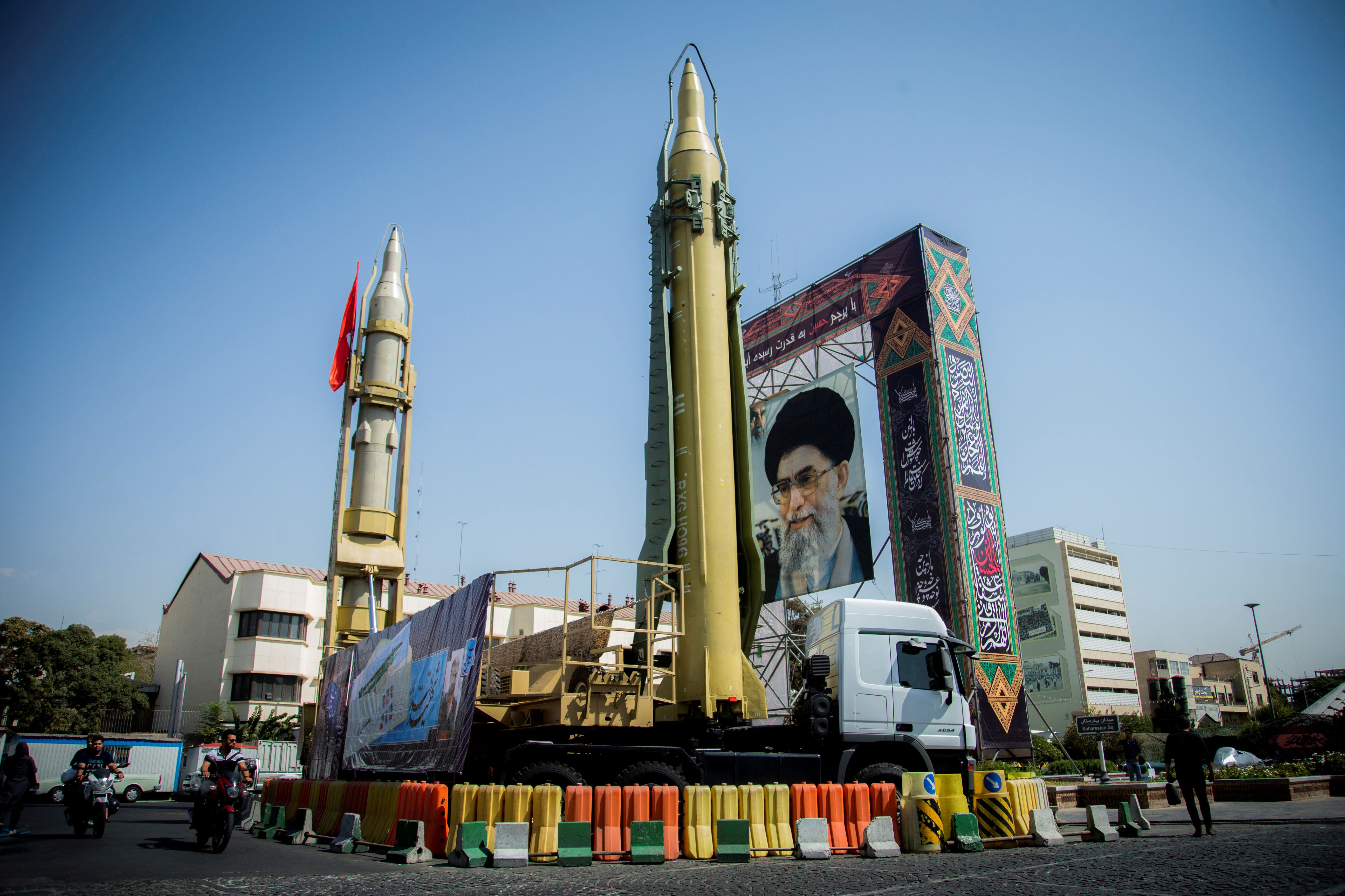FILE PHOTO: A display featuring missiles and a portrait of Iran's Supreme Leader Ayatollah Ali Khamenei is seen at Baharestan Square in Tehran, Iran September 27, 2017. Picture taken September 27, 2017. Nazanin Tabatabaee Yazdi/TIMA via REUTERS ATTENTION EDITORS - THIS IMAGE WAS PROVIDED BY A THIRD PARTY/File Photo