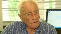 Ο επιστήμονας Ντέιβιντ Γκούνταλ, 104 ετών, αρχίζει το ταξίδι για να βάλει τέλος στη ζωή