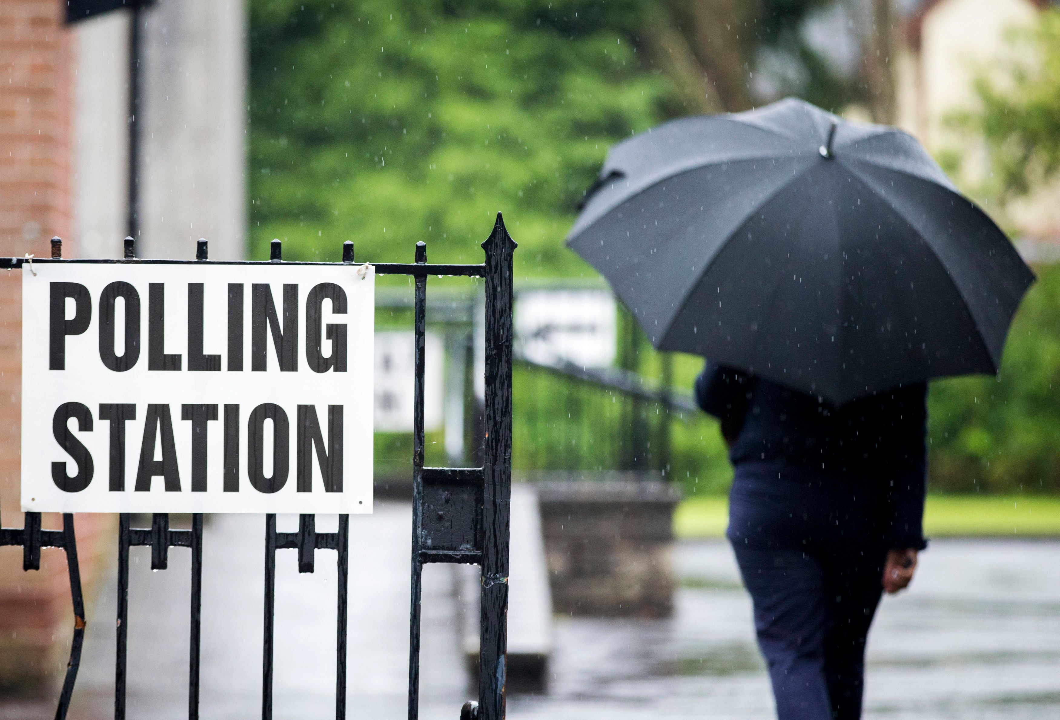 Gunman At Polling Station In Northern Ireland 'Making Threats' - Reports