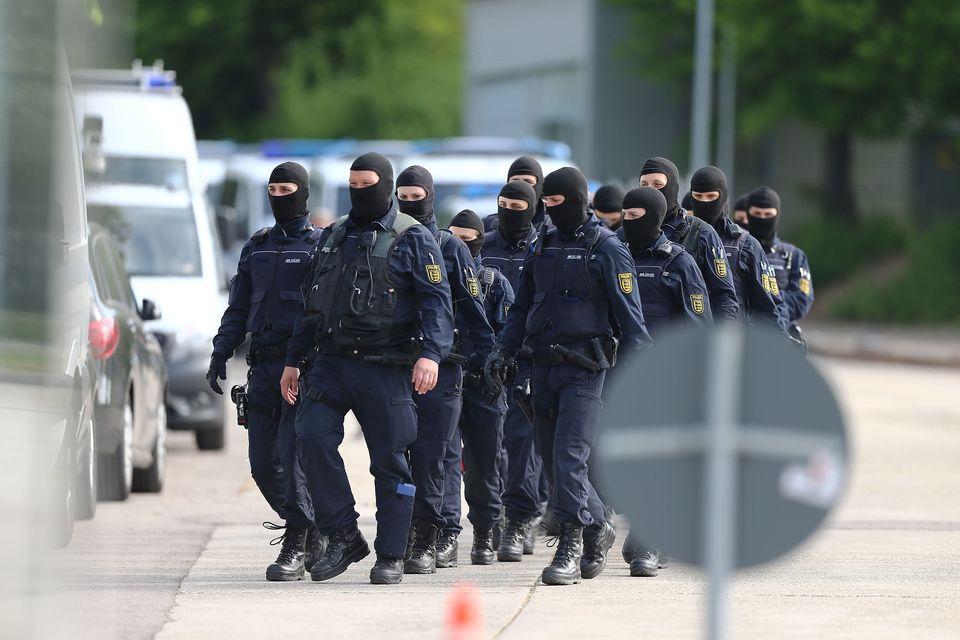 Die Polizei trat martialisch