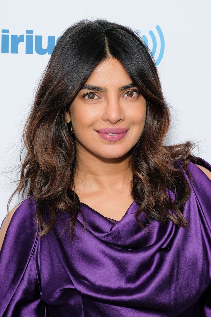 Why Theres Uproar Over Trying To >> Priyanka Chopra Nails Why Uproar Over The Simpsons Apu Is