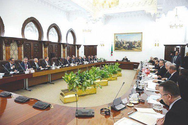 Des taxes en hausse pour les Algériens: le conseil des ministres tranchera le 9