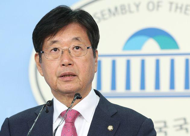 자유한국당 탈당한 강길부, 민주당 입당