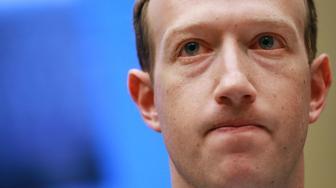 Mark Zuckerberg in the hot seat over Cambridge Analytica