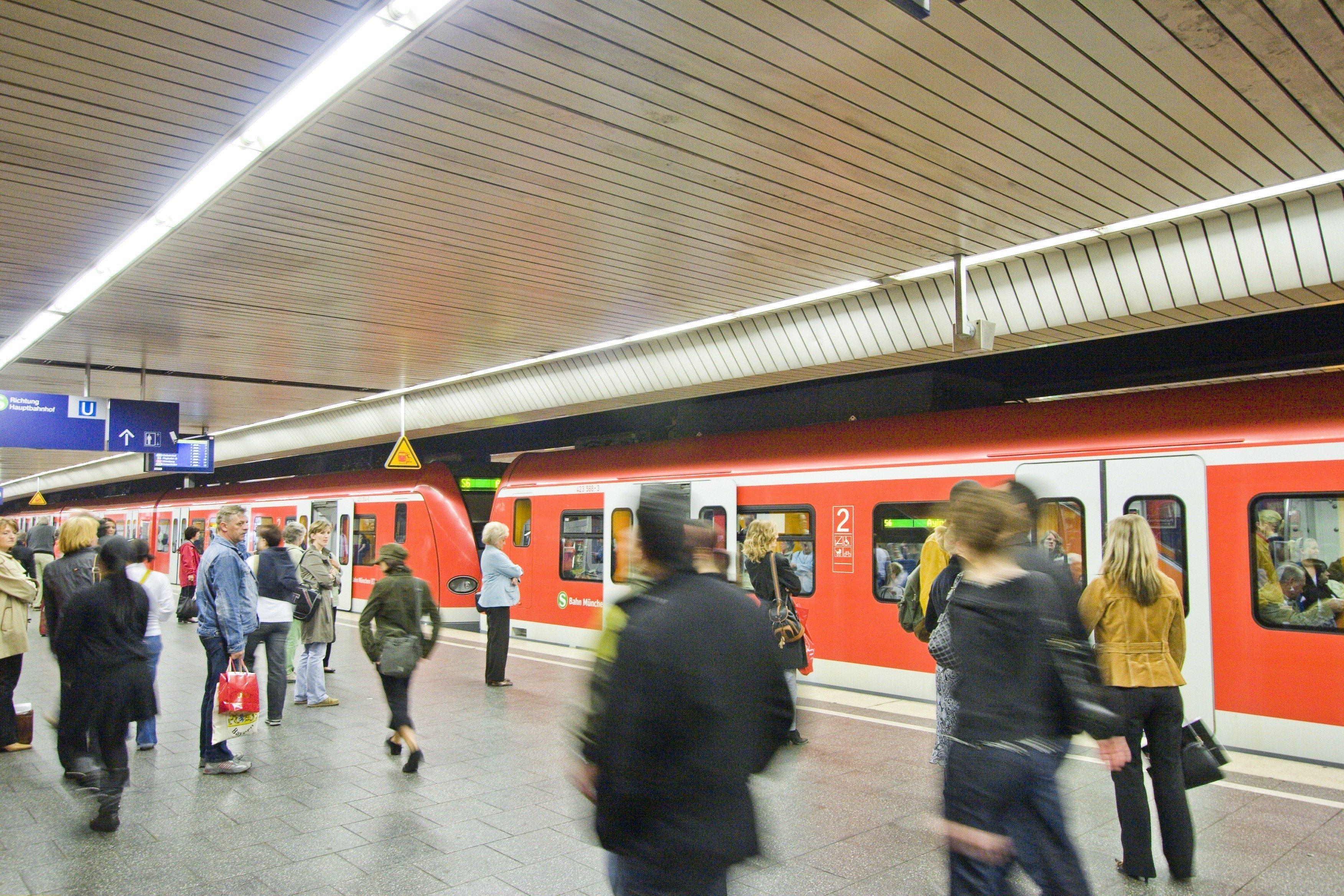 München: Betrunkener legt Teile der Stammstrecke lahm
