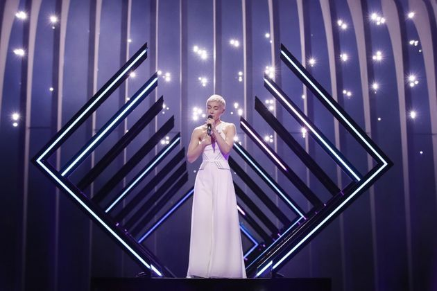 SuRie sings up a storm for the UK.  In a bear trap.