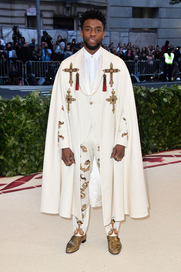 2018 멧 갈라의 주제는 '패션과 가톨릭의