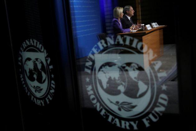 Τι θα καθορίσει τη στάση και τις απαιτήσεις του ΔΝΤ προς την Αθήνα για πριν και μετά τη λήξη του ελληνικού