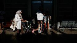 Σε έξαρση η εμπορία προσφυγικών εγγράφων στην Αθήνα. Οι νέες μέθοδοι των διακινητών και οι πιάτσες στην