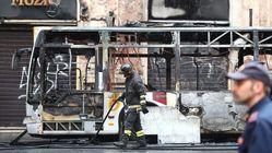 L'incendie et l'explosion de ce bus à Rome ont fait une grosse frayeur aux