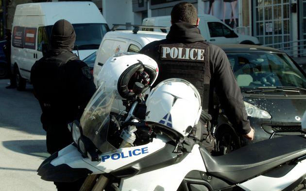 Οργή μετά την αθώωση κατηγορουμένου για τη δολοφονία των δύο αστυνομικών της ΔΙΑΣ: «Είναι δολοφόνοι,...