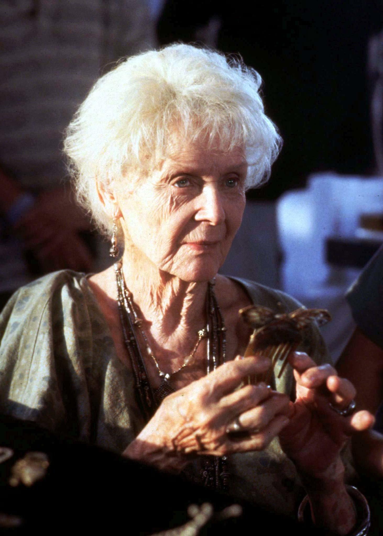 """Ihr kennt sie als alte Frau aus """"Titanic"""": So sah sie aus, als sie jung war"""