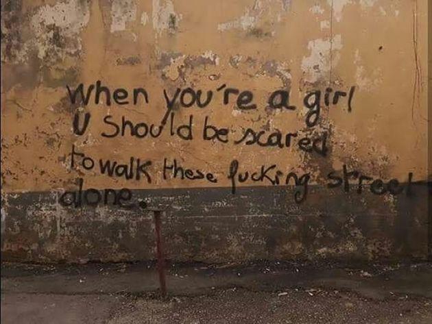 Politique, féminisme et humour: Les murs d'Algérie parlent toutes les