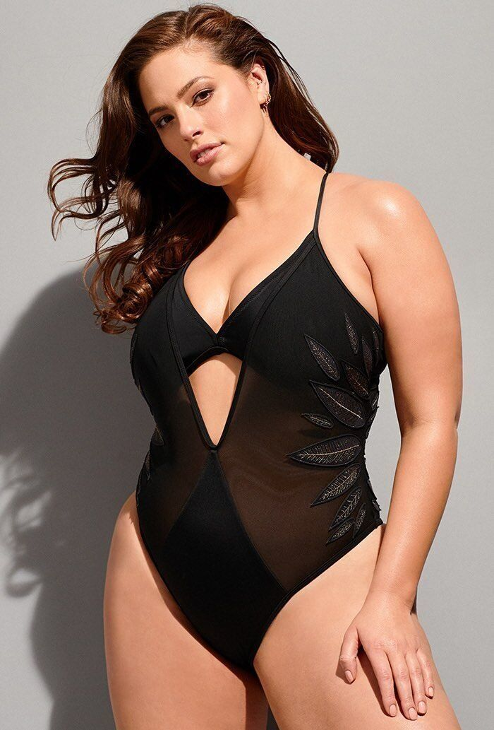 "<strong>Sizes</strong>: 4 to 22<br>Get it <a href=""https://www.swimsuitsforall.com/Ashley-Graham-x-Swimsuits-For-All-Ritzy-Sw"
