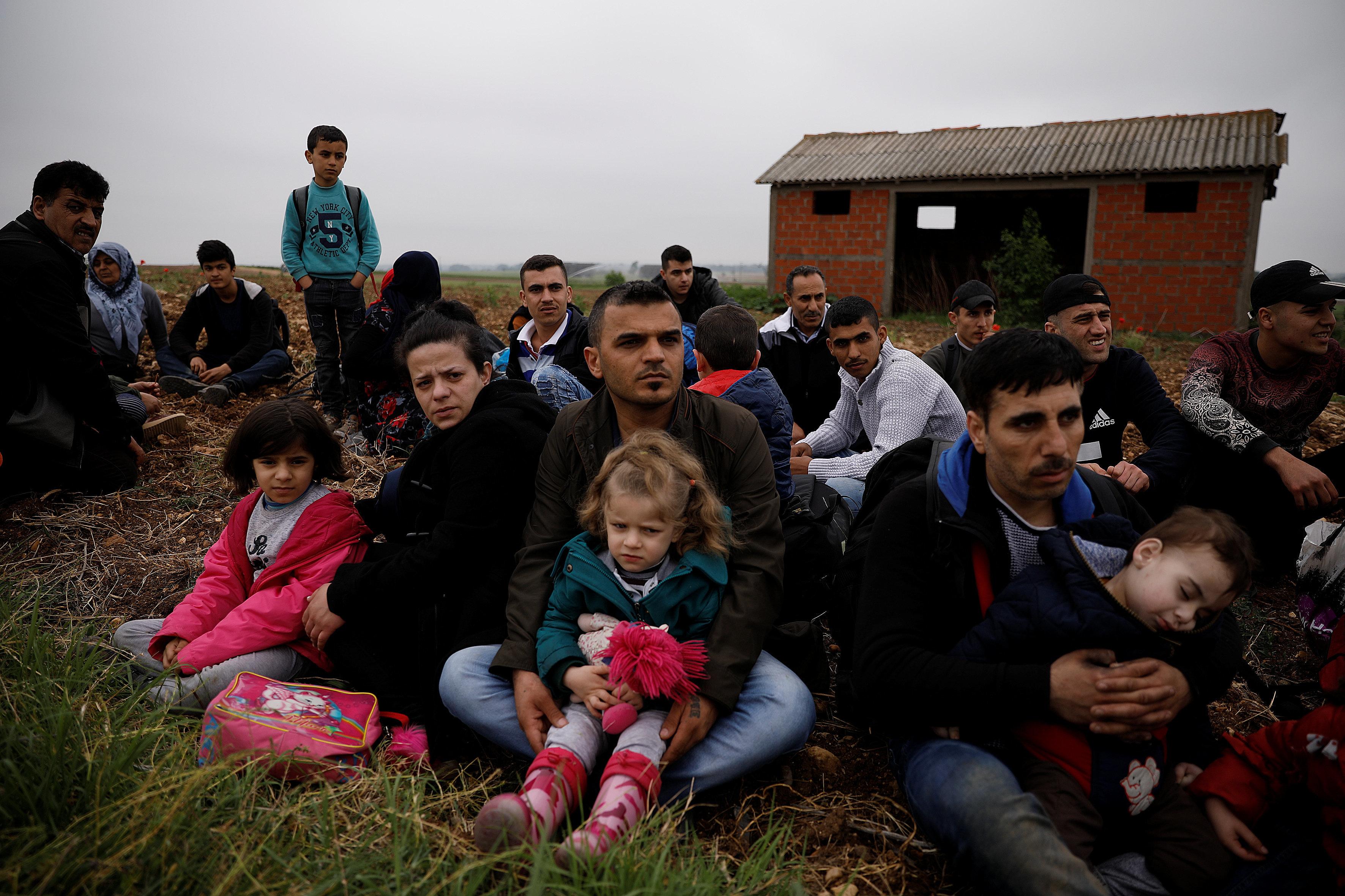 Βίτσας για προσφυγικό: Θα περάσουμε
