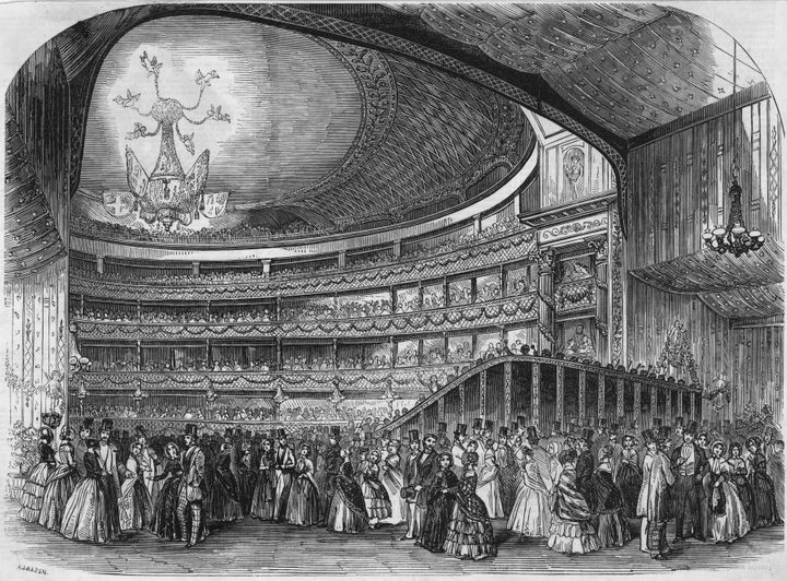 Illustration of a promenade concert at London's Drury Lane Theatre in 1847.