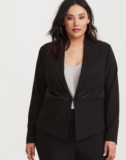 "<strong>Sizes</strong>: M to 6X<br>Get it <a href=""https://www.torrid.com/product/special-occasion-black-tuxedo-blazer/112033"