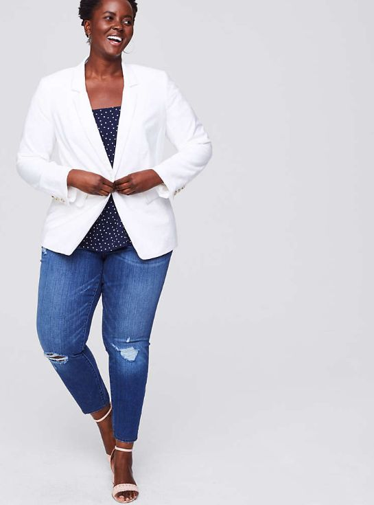 "<strong>Sizes</strong>: 24 to 26<br>Get it <a href=""https://www.loft.com/loft-plus-textured-long-blazer/465848"" target=""_blan"