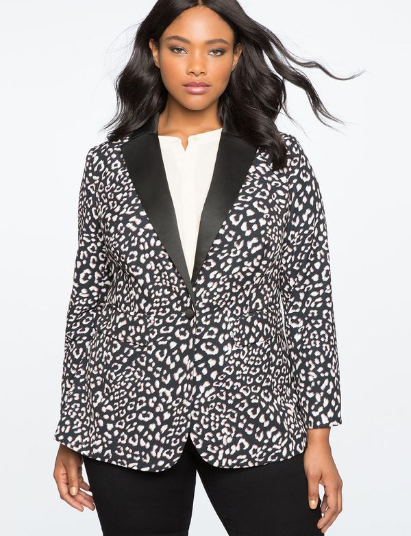 "<strong>Sizes</strong>: 14 to 28<br>Get it <a href=""http://www.eloquii.com/contrast-lapel-blazer/1275350.html?cgid=work-blaze"