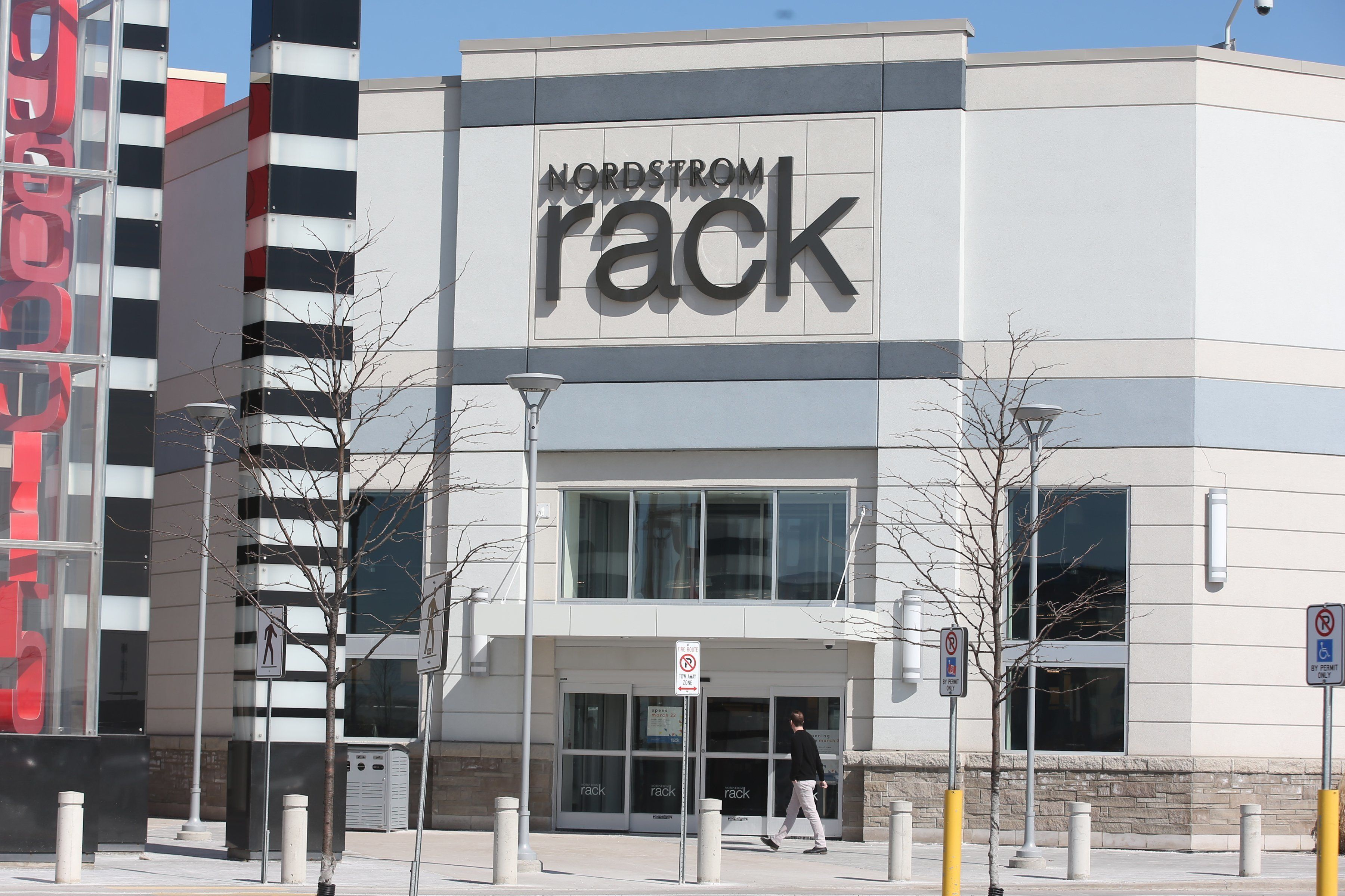 Nordstrom Rack President Apologizes After Store Accuses Three Black Men Of Theft