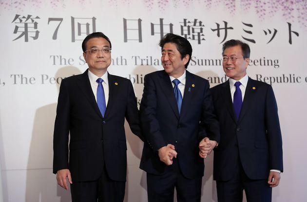 文대통령-아베-리커창, '한반도 완전한 비핵화'