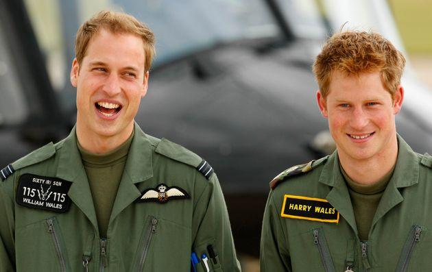 찰스 왕세자, 윌리엄 왕자, 해리 왕자의 성(姓)은 대체