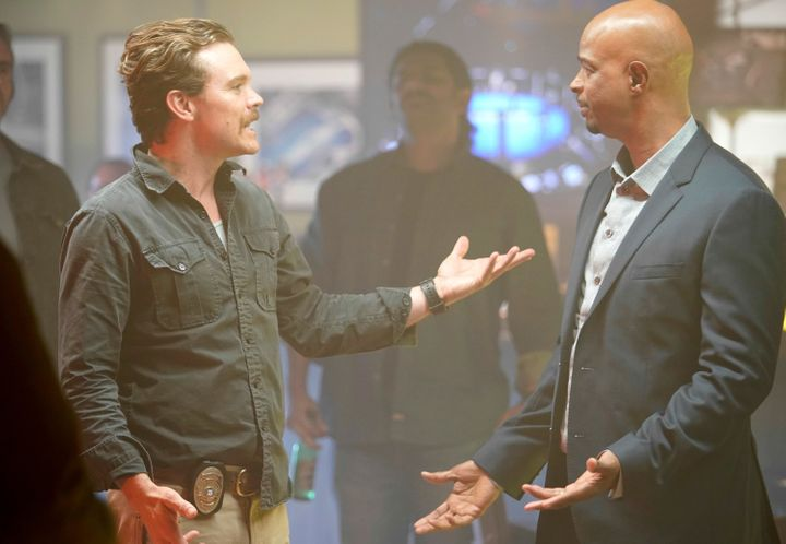 """Clayne Crawford and Damon Wayans in the TV series """"Lethal Weapon."""""""