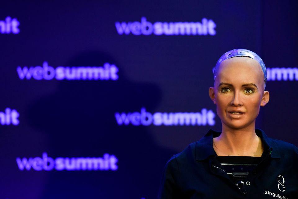 To ρομπότ Σοφία έχει μετατραπεί...