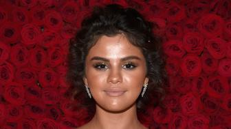 NEW YORK, NY - MAY 07: Selena Gomez attends the Heavenly Bodies: Fashion & The Catholic Imagination Costume Institute Gala at The Metropolitan Museum of Art on May 7, 2018 in New York City.  (Photo by Kevin Mazur/MG18/Getty Images for The Met Museum/Vogue)