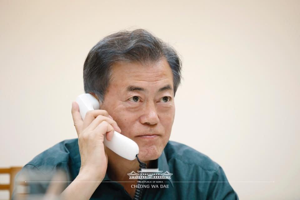 북한 억류 미국인 석방 직후 한미 정상이 25분 동안 통화하며 나눈 대화