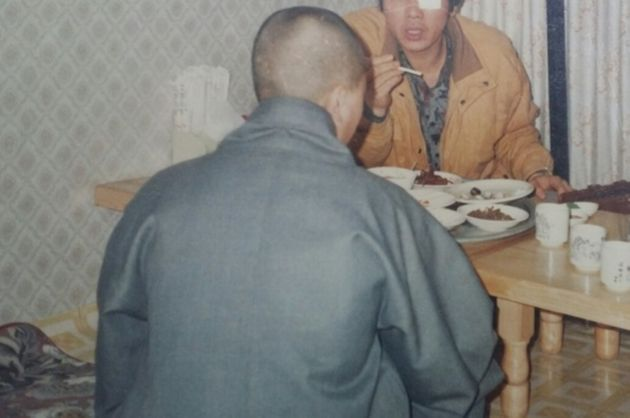 5·18민중항쟁 부상자동지회 초대 회장을 지낸 이지현(예명·이세상·65)씨가 1989년 2월 20일 전남 나주 남평 한 식당에서 여승이 된 ㅇ씨를...