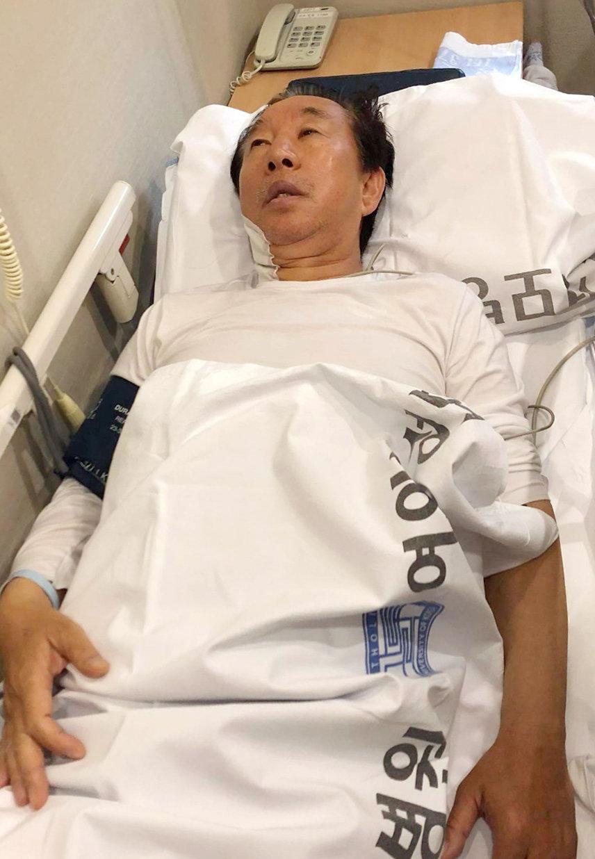 '건강 악화' 병원으로 후송된 김성태는 수액을 거부하고 있다