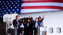 북한에 억류됐던 미국인 3명이 미국에 도착했다 (영상)
