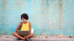 Ακουμπάτε το laptop στα πόδια σας; Η αλήθεια για το αν αυτό επηρεάζει την γονιμότητα