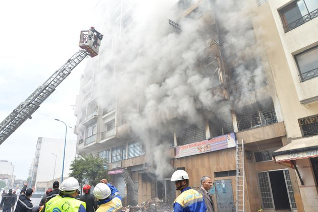 Asphyxiée, une femme meurt suite à l'incendie du quartier de la Gironde à