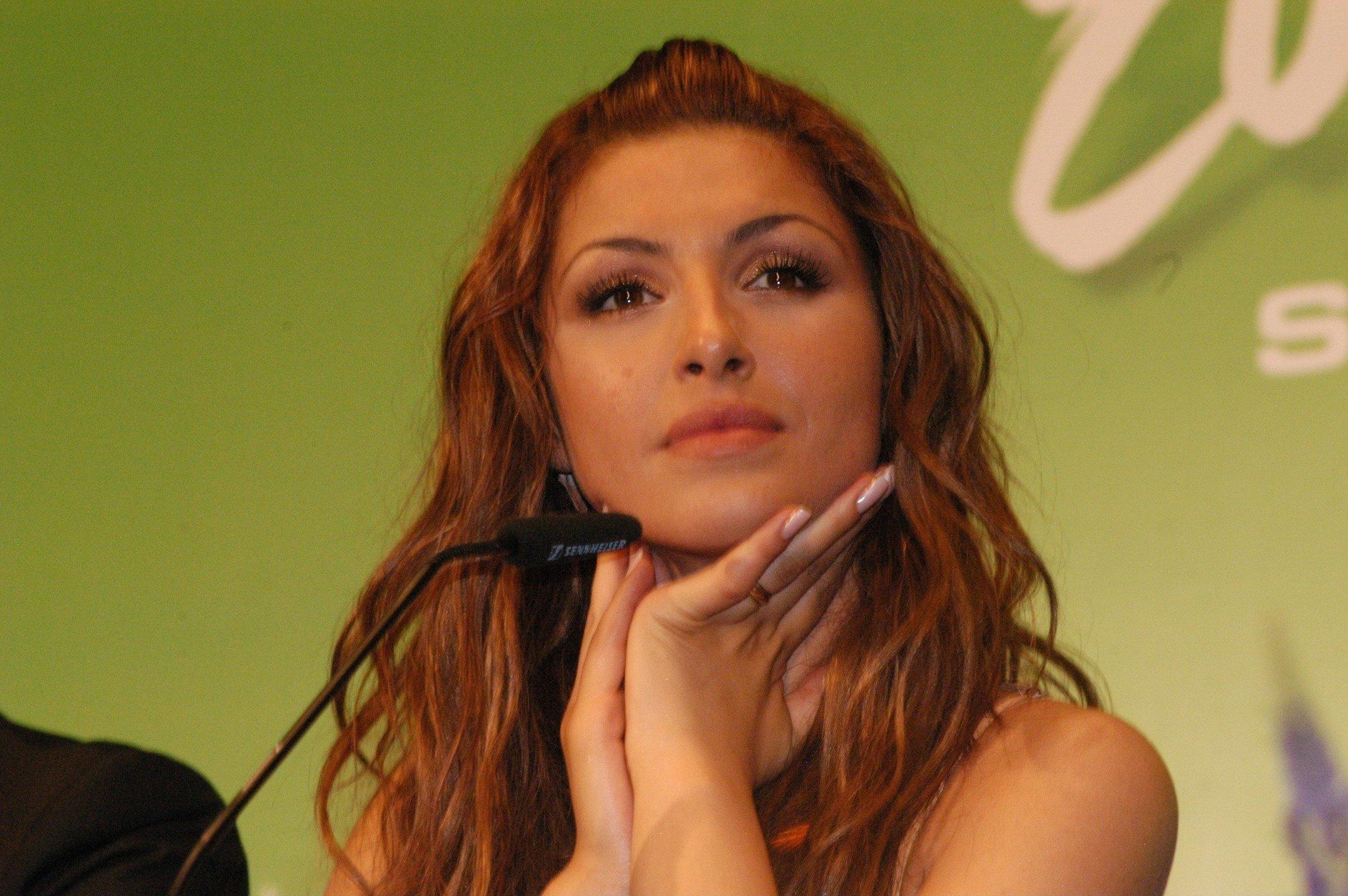 Όταν η Έλενα Παπαρίζου τραγουδούσε το «Fuego». Ποια