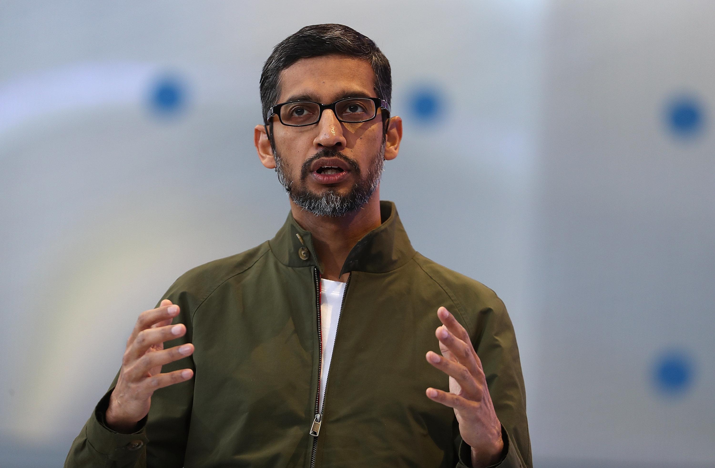 구글의 CEO가 안드로이드의 햄버거 이모티콘에 대해