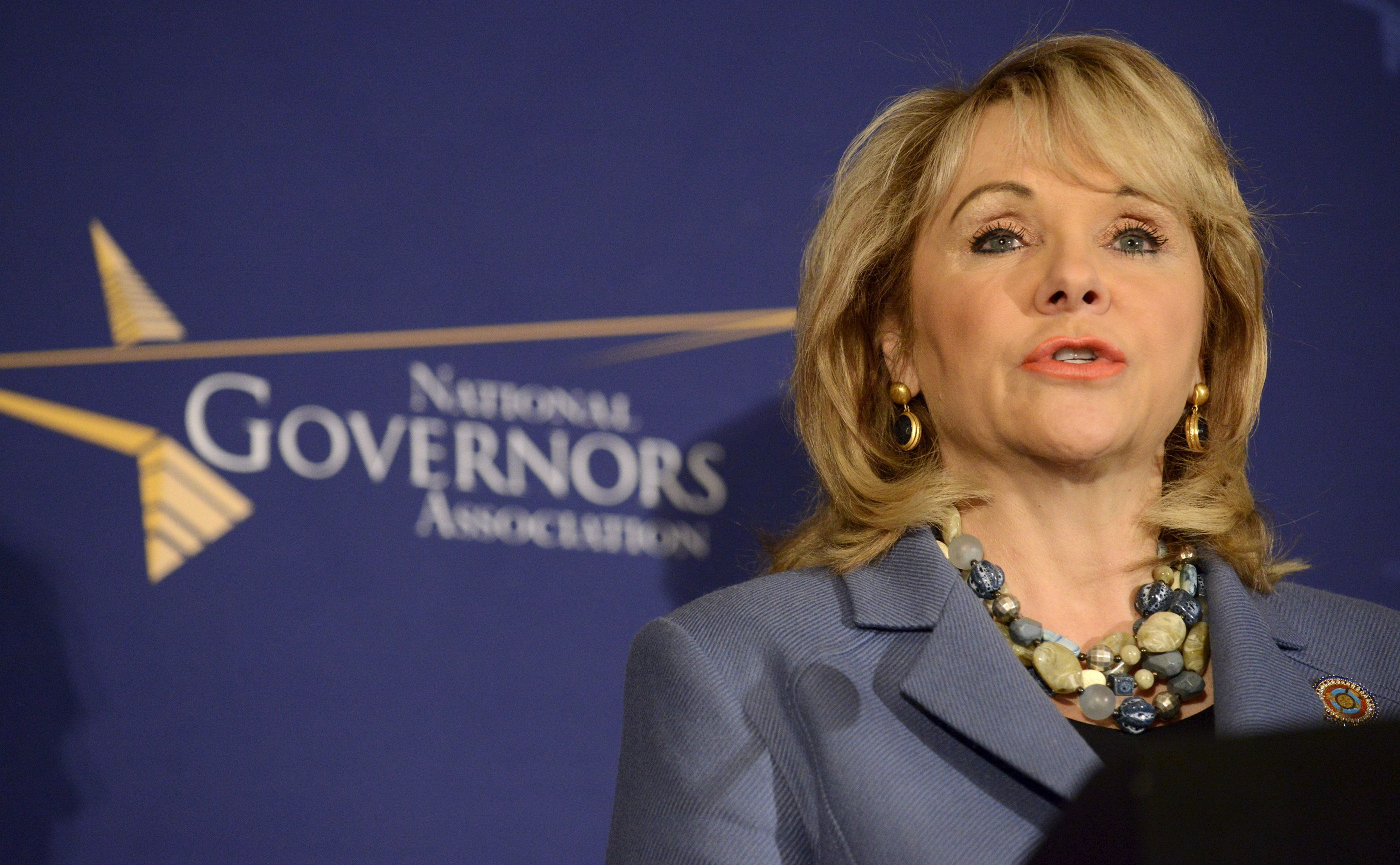 Oklahoma Republican Governor Mary Fallin makes remarks before the opening of the National Governors Association Winter Meeting in Washington, in this February 22, 2014 file photo.  REUTERS/Mike Theiler/Files