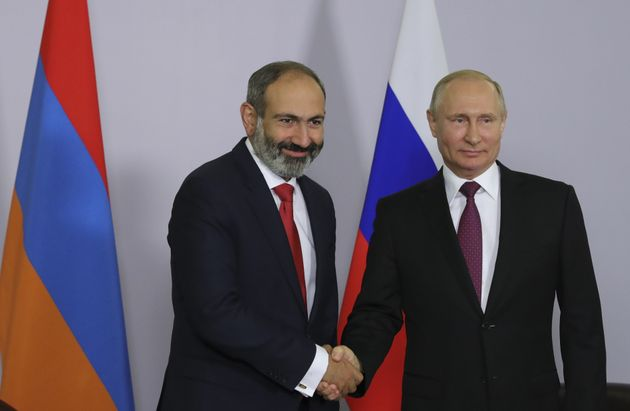 Στενότερους στρατιωτικούς δεσμούς με τη Ρωσία θέλει ο νέος πρωθυπουργός της