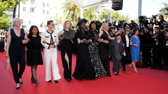 CANNES, FRANCE - MAY 12:  (from second left) Haifaa al-Mansour, Kirsten Stewart, Lea Seydoux, Khadja Nin, Ava DuVernay, Cate Blanchett, Agnes Varda and guests walk the red carpet in protest of the lack of female filmmakers honored throughout the history of the festival at the screening of 'Girls Of The Sun (Les Filles Du Soleil)' during the 71st annual Cannes Film Festival at the Palais des Festivals on May 12, 2018 in Cannes, France. Only 82 films in competition in the official selection have been directed by women since the inception of the Cannes Film Festival whereas 1,645 films in the past 71 years have been directed by men.  (Photo by Gisela Schober/Getty Images)