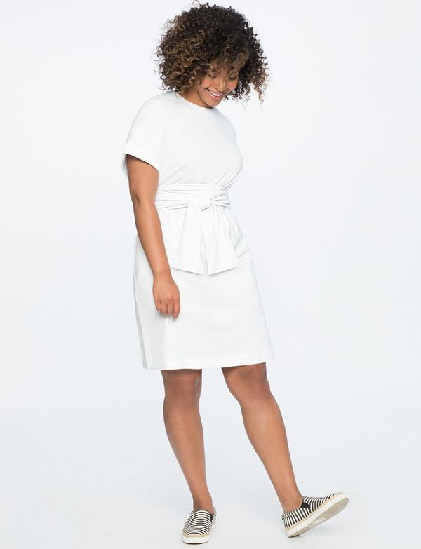 "<strong>Sizes</strong>: 14 to 28<br>Get it <a href=""http://www.eloquii.com/wrap-belt-tee-dress/1236304.html?dwvar_1236304_col"